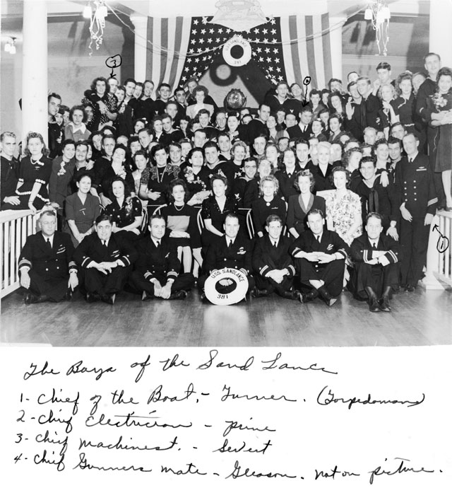 SS-381 Commissioning Crew